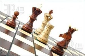38e7Chess-Pieces-1405899